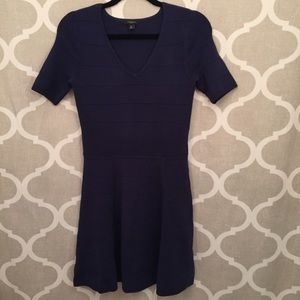 Ann Taylor navy fitted short sleeve dress size SP